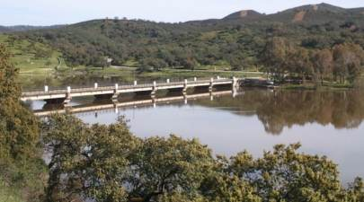 Área Recreativa Del Embalse