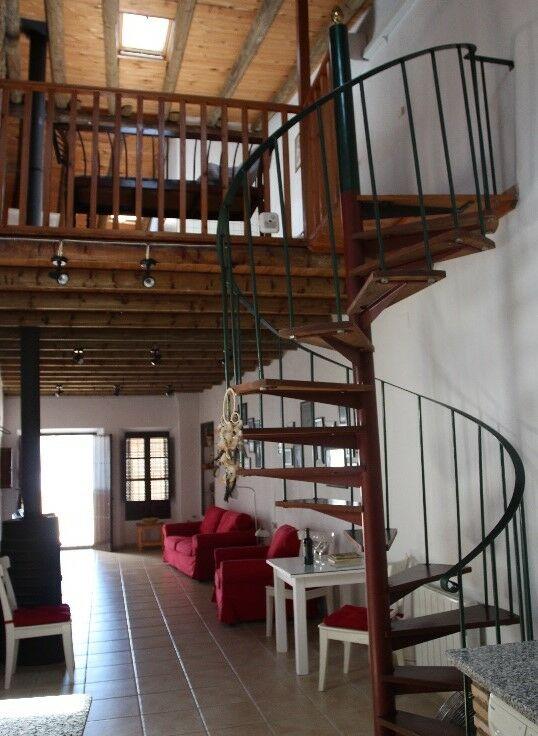 Casa de Pueblo Rural - Evaristo Pérez